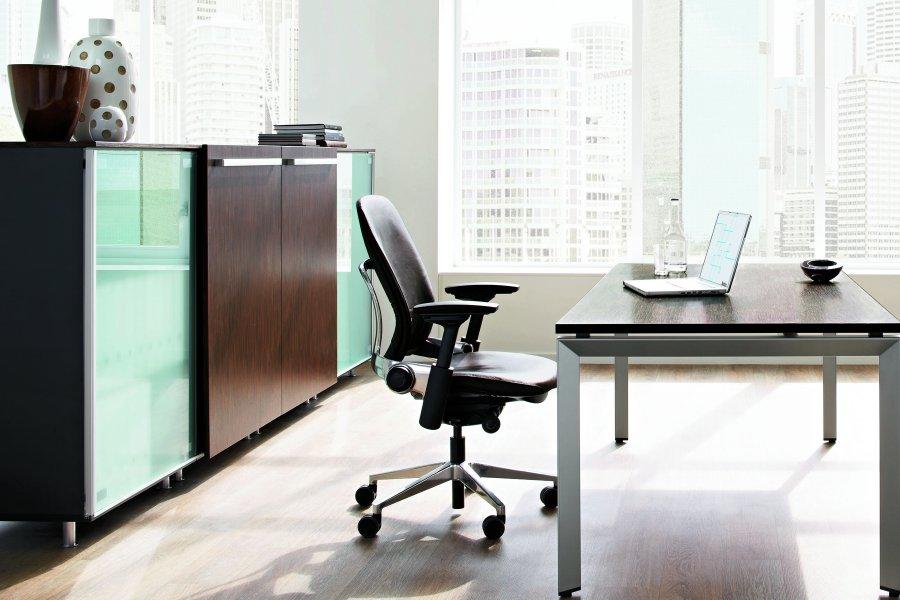 Büromöbel mit Stil für Ihre Räumlichkeiten - Raumhaus in Berlin ...